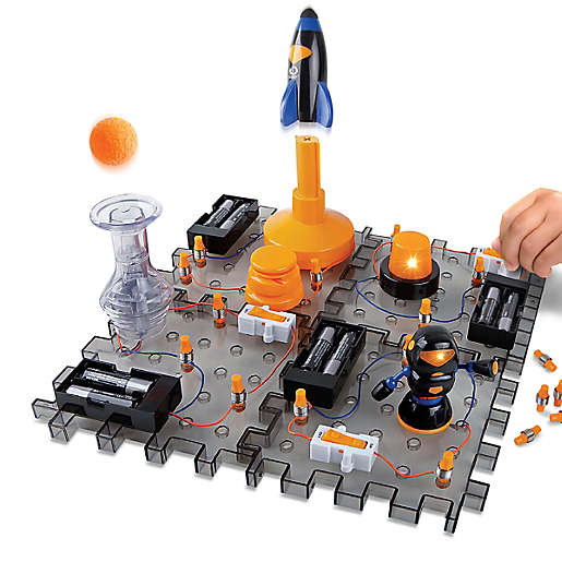 electronic kit with robots and rockets