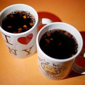 two mugs of mulled wine
