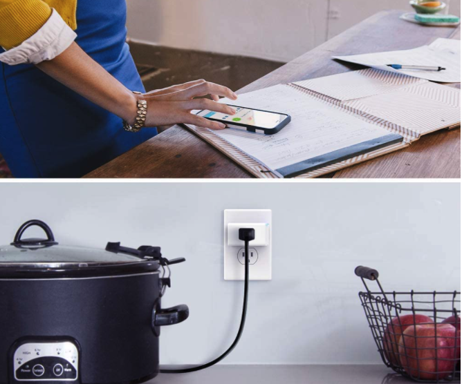Smart Plugs Are a Tiny Investment That Turn Your House Into a Smart Home
