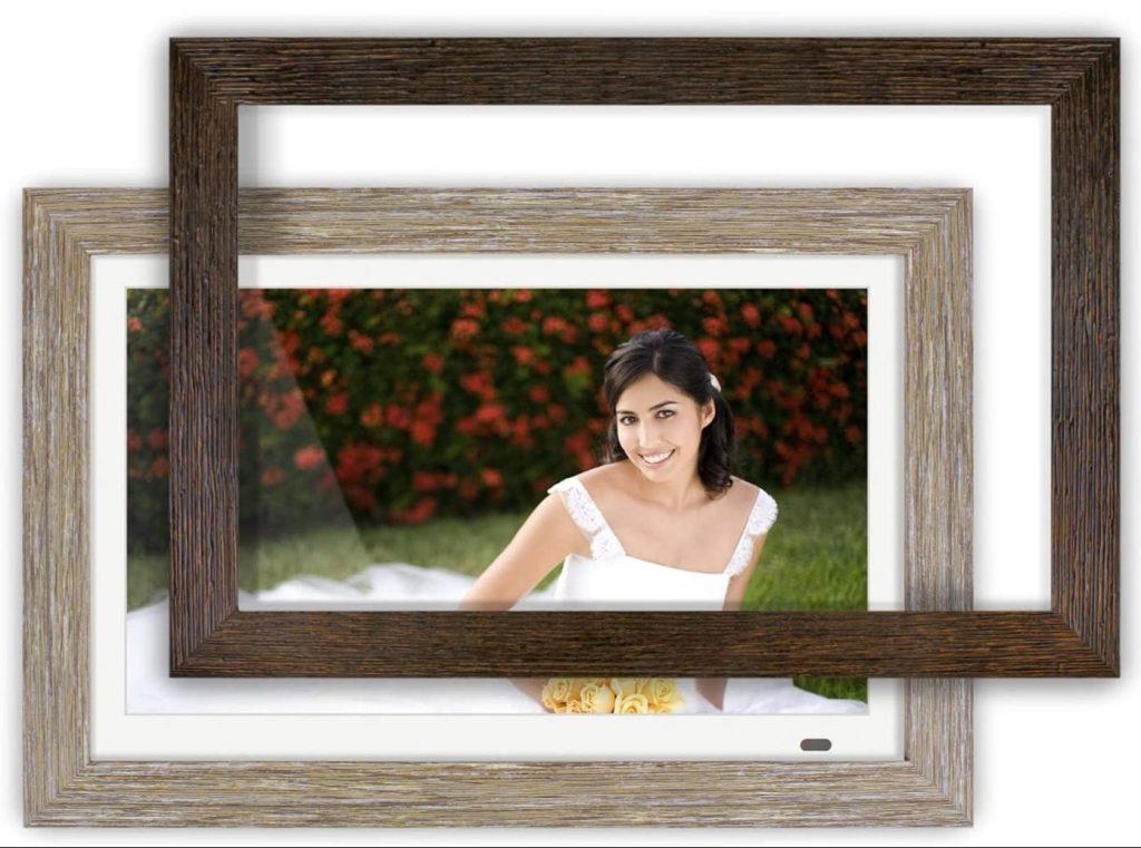 Aluratek 13-Inch Distressed Wood Digital Photo Frame