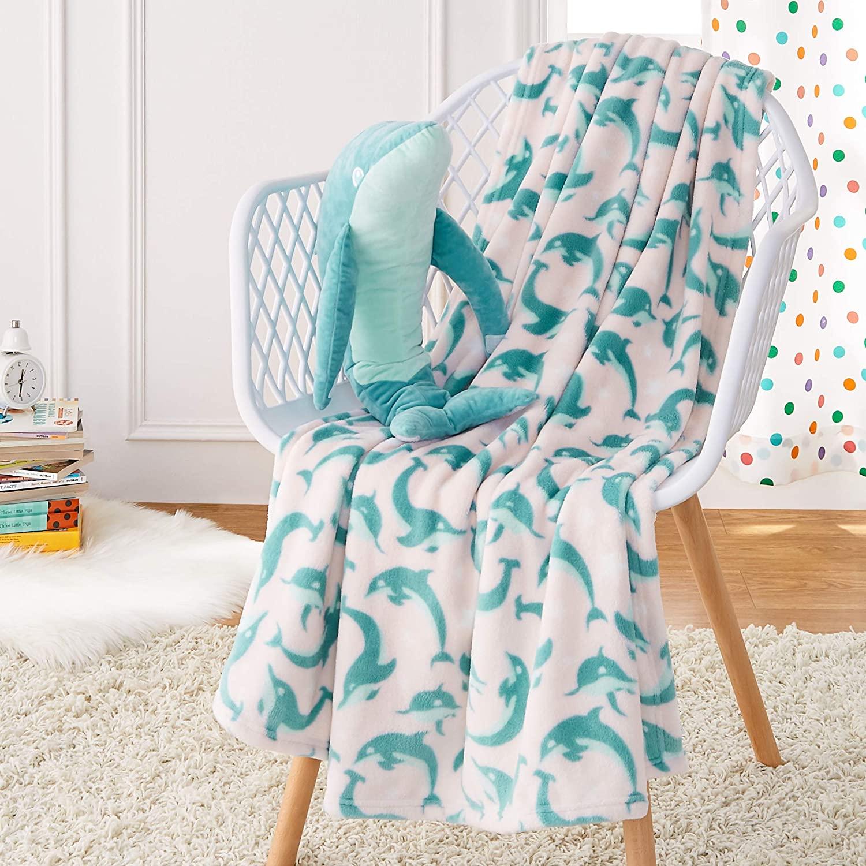 Amazon-Basics-Kids-Jumping-Dolphin-Throw-Blanket-and-Matching-Stuffed-Animal