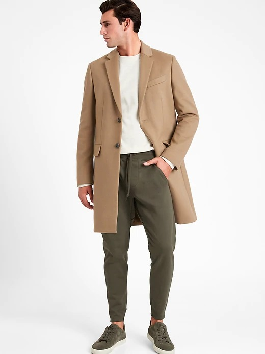 Banana Republic French Terry Jogger in olive green, athleisure fashion forecast 2021