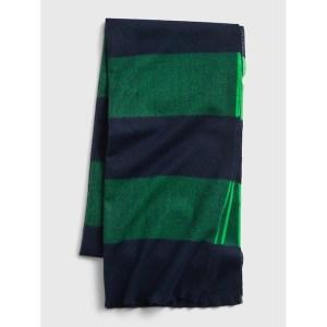 Gap recycled cozy scarf, best men's scarves