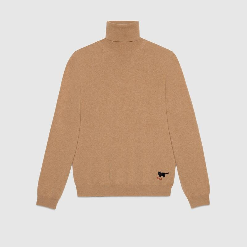 Gucci-cashmere-turtleneck-with-cat-patch