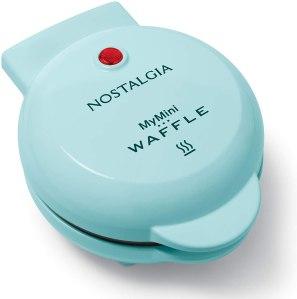 mini waffle maker nostalgia
