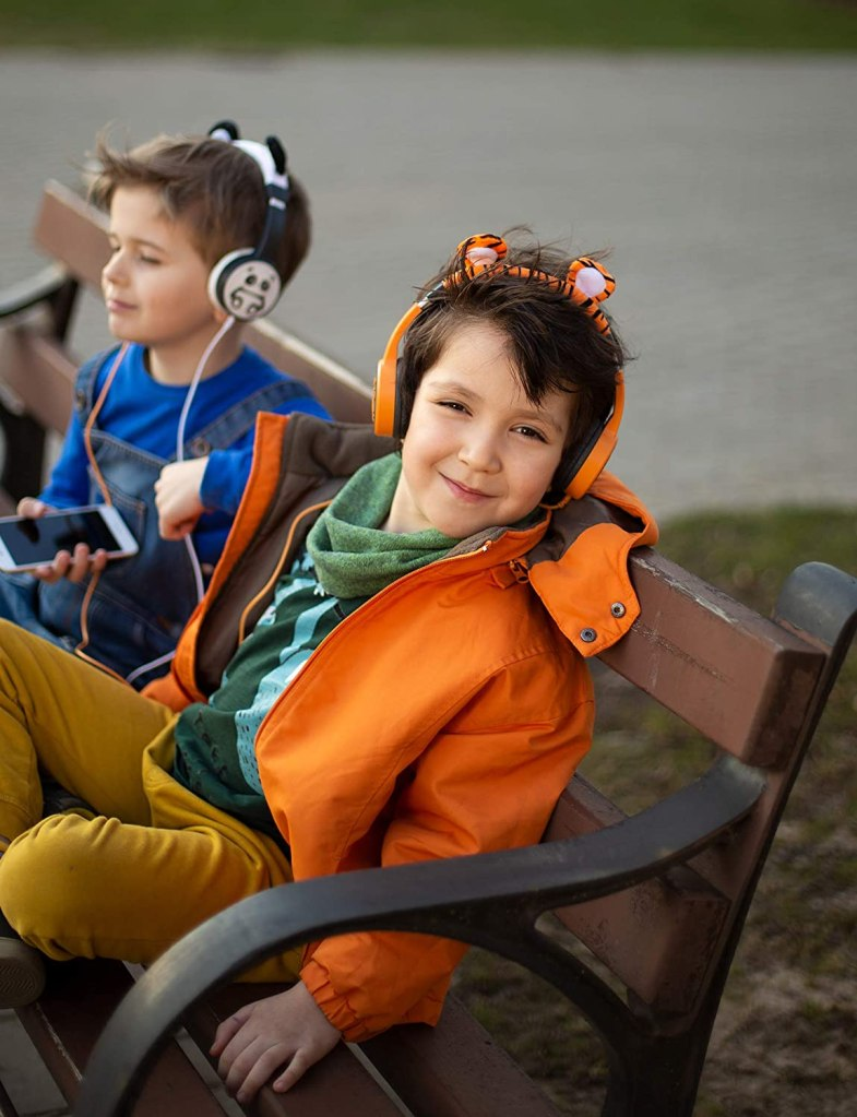 Planet-Buddies-Kids-Headphones