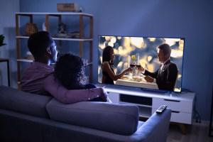 couples movie night, date ideas
