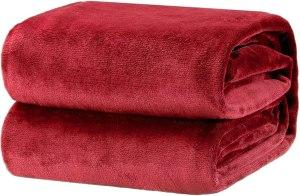 Bedsure fleece blanket (in red), date ideas