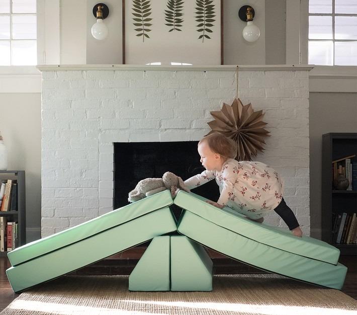 Foamnasium Blocksy Kids Couch