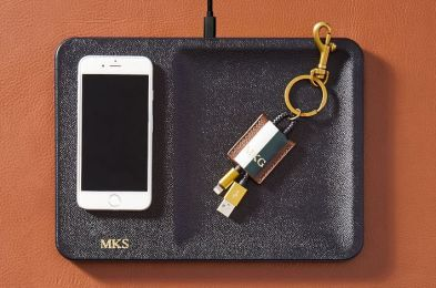 courant-wireless-charging-accessory-tray-foil-debossed-2-o