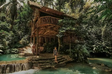 Treehouse De Valentine in the Philippines