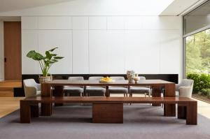 Transformer table, expandable dining table