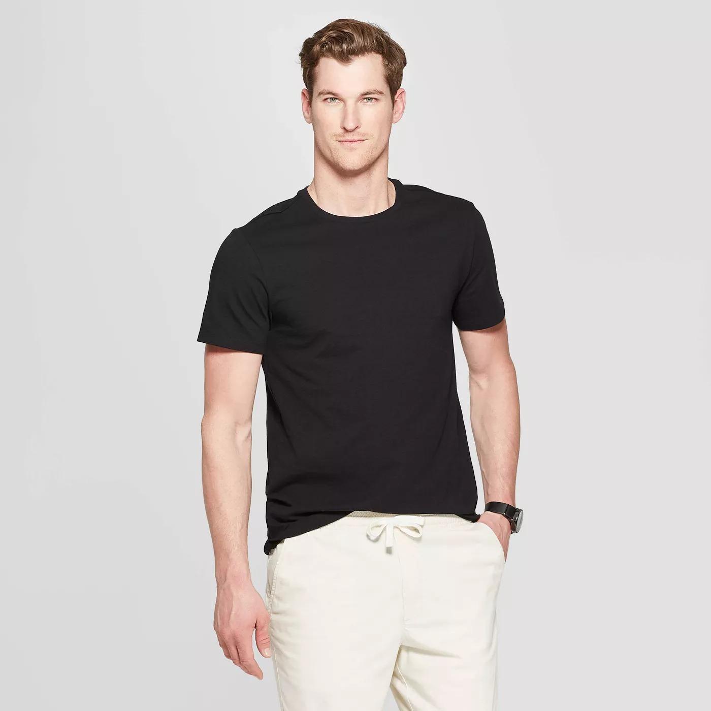 Goodfellow & Co Standard Fit Short Sleeve Lyndale Crew Neck T-Shirt