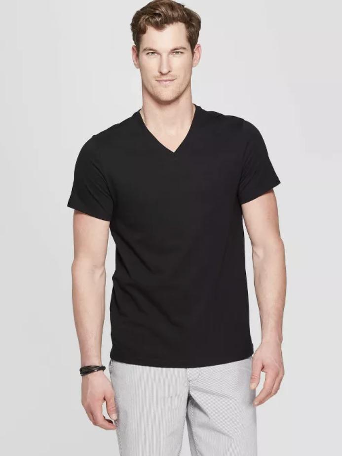 Goodfellow & Co. Men's Standard Fit Short Sleeve Lyndale V-Neck Black T-Shirt