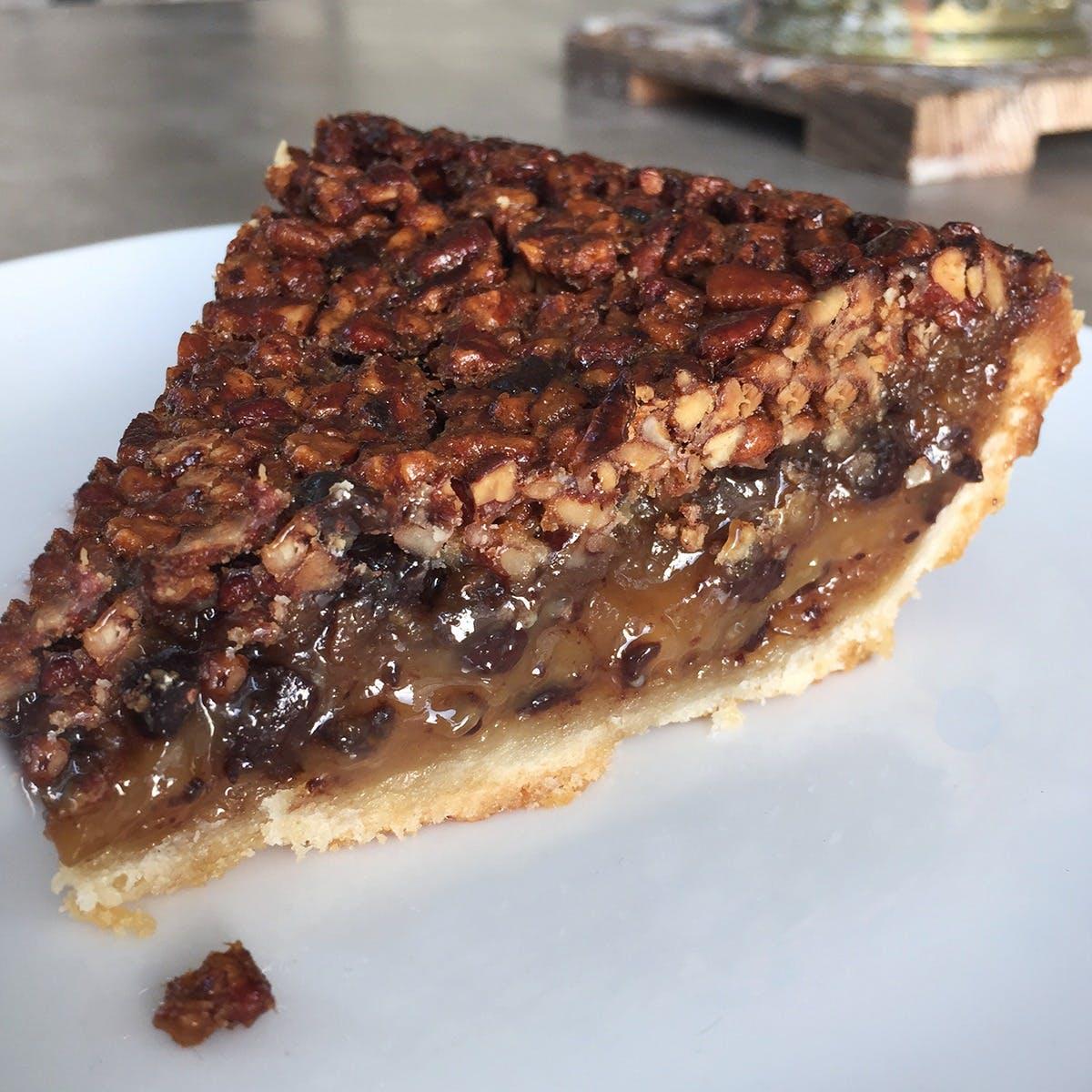 chocolate-pecan-bourbon-pie