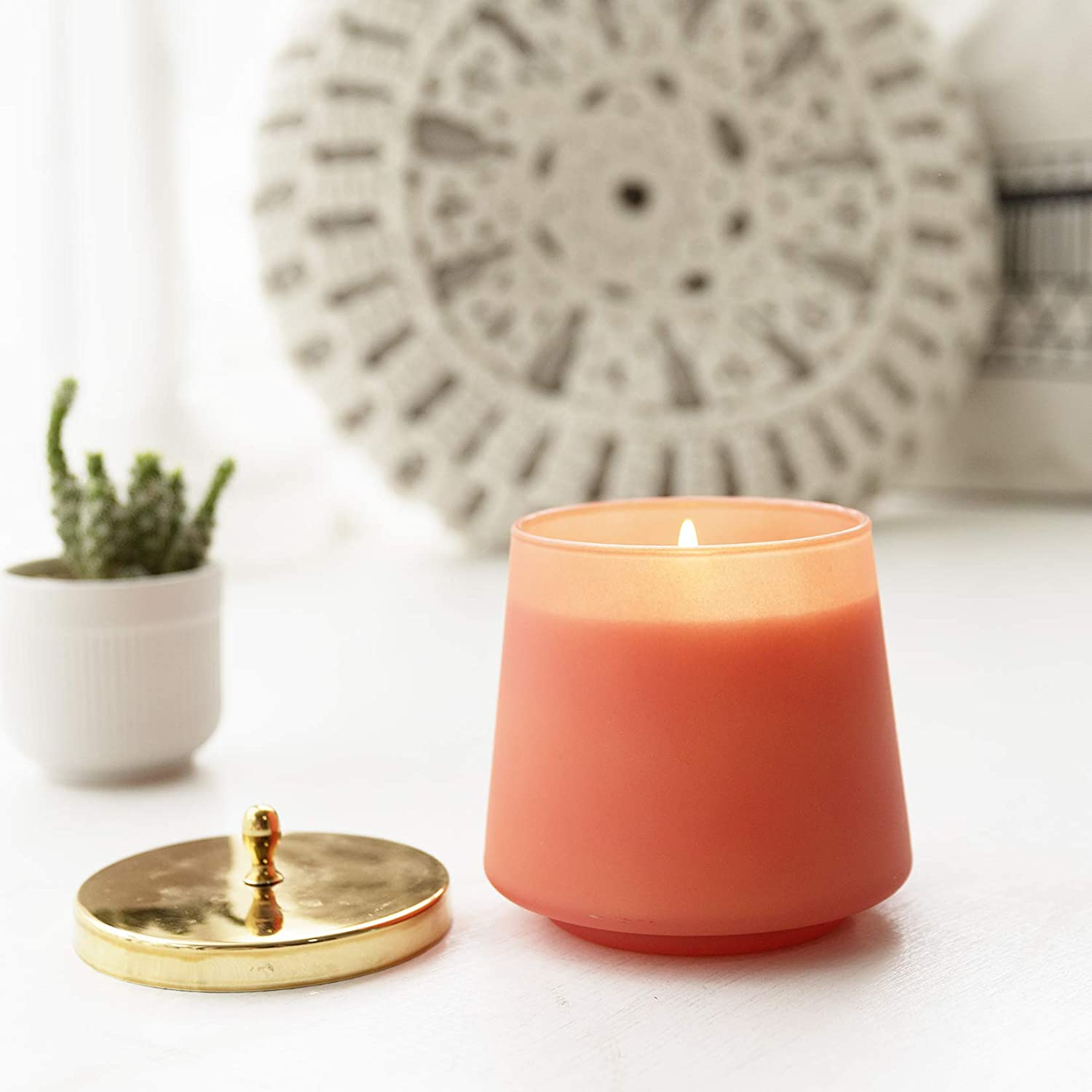 la jolie scented candle, best gifts for mom