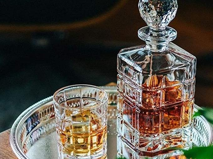 whiskey decanter featured image