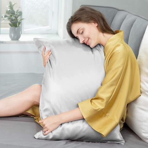 JIMOO Natural 22mm Silk Pillowcase for Hair and Skin