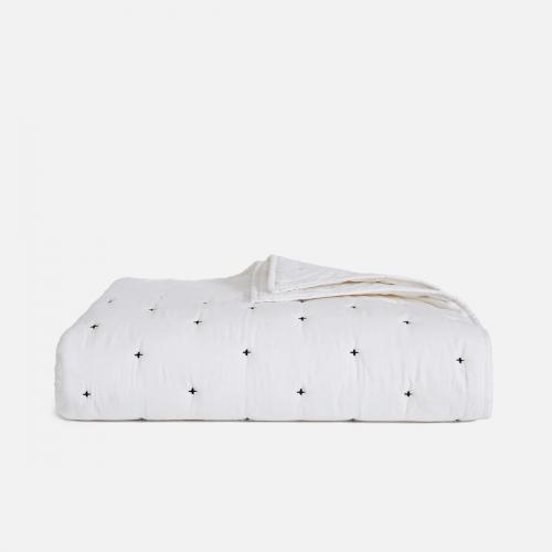 brooklinen lightweight quilt