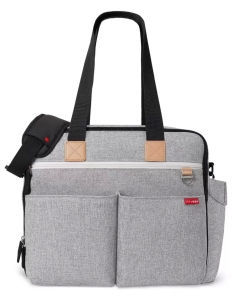 Travel diaper bags for dads