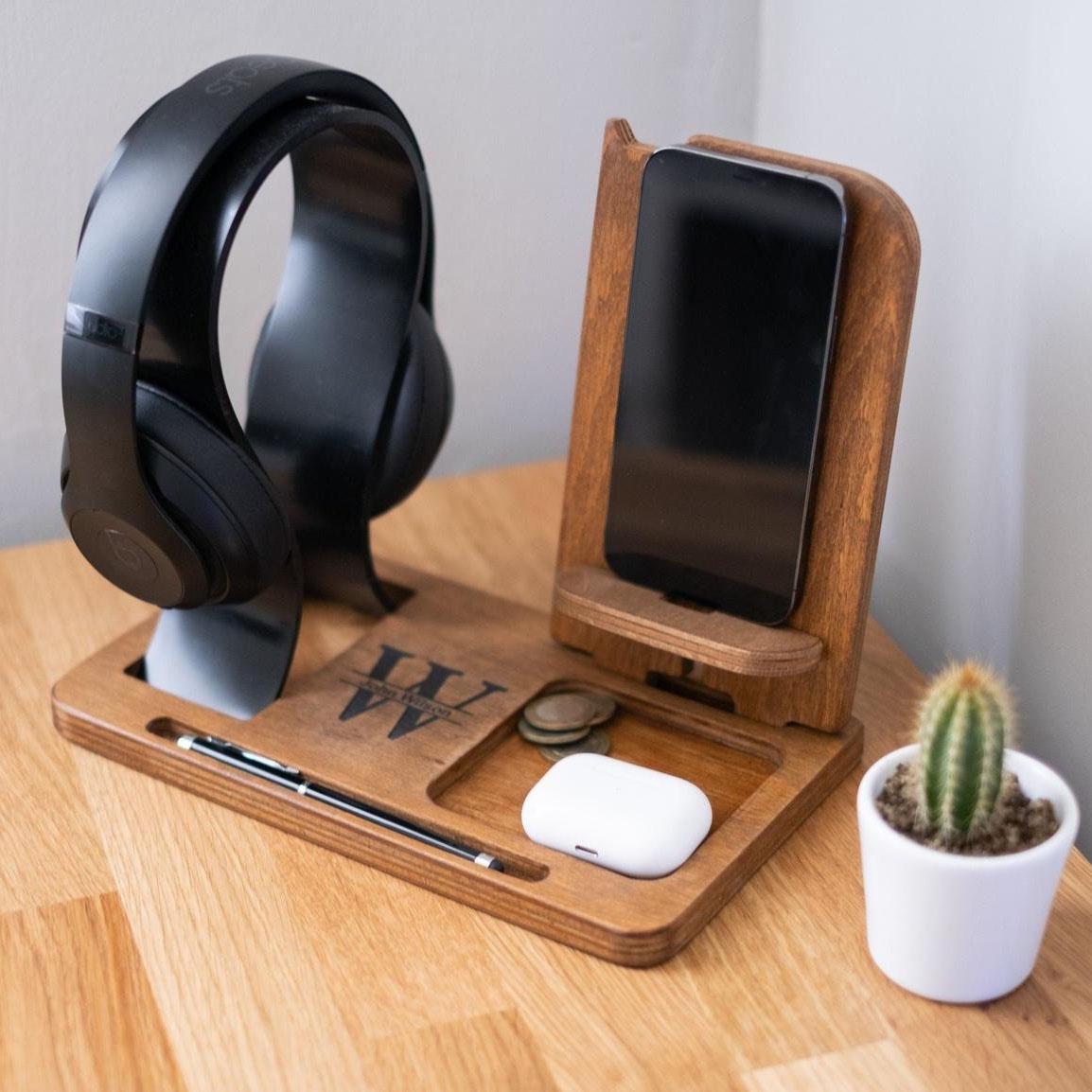 UartDesign Headphone Stand