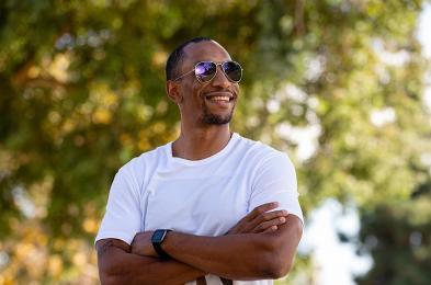 knockaround-sunglasses-aviator-sunglasses-lifestyle