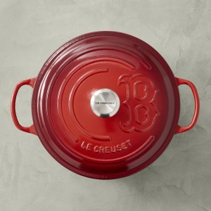 Le Creuset dutch oven, gifts for dad