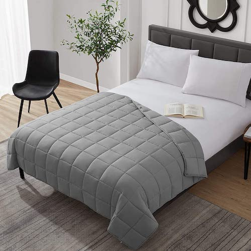 L'AGRATY Weighted Cooling Comforter