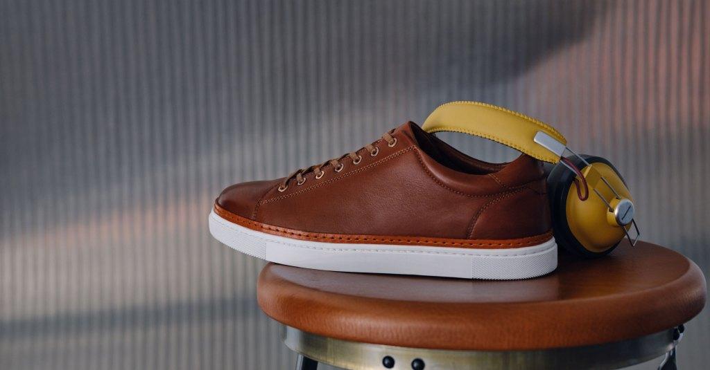 Wolverin Blvd Sneaker in cognac