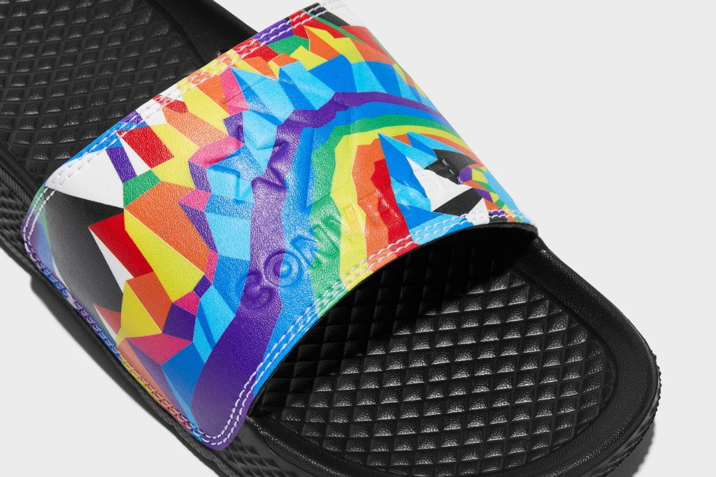 converse pride slides 2021