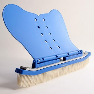 the wall whale classic pool brush