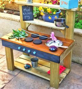 MudKitchenPlay outdoor mud kitchen