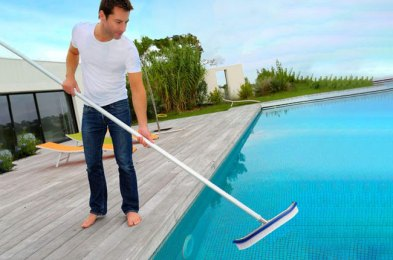 keep your pool clean between chlorine sessions with the best pool brushes