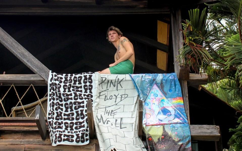 Slowtide Towels