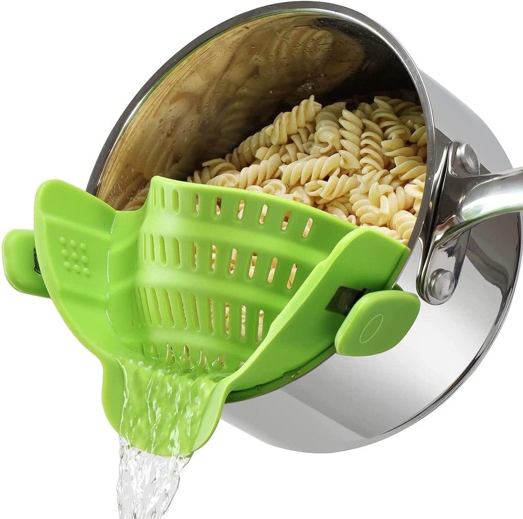 Geniusidea Clip On Silicone Colander & Pot Strainer