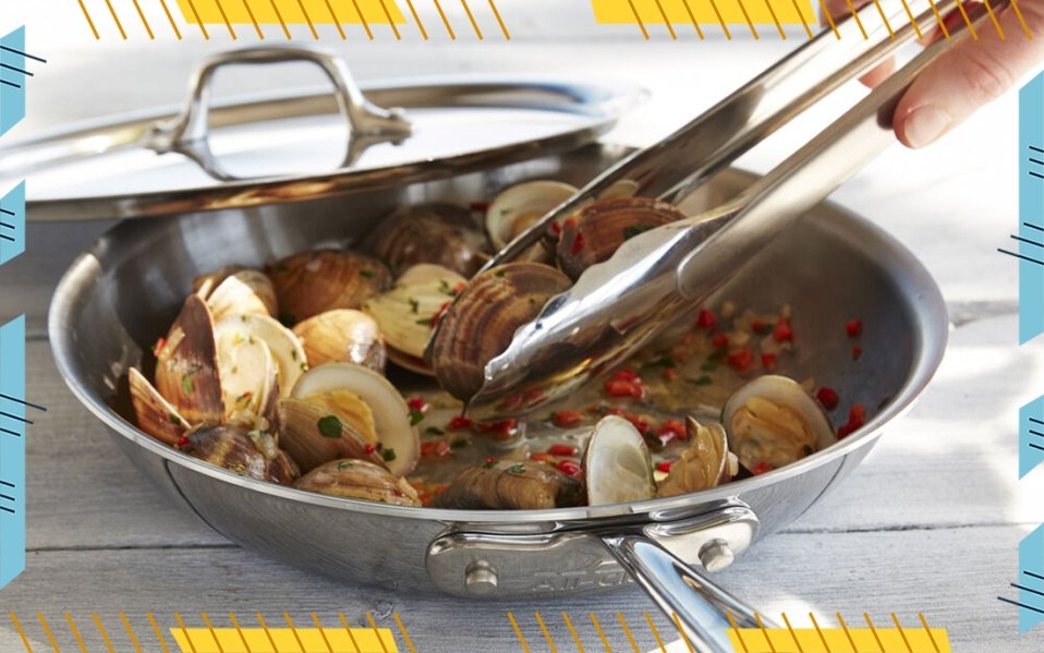 all-clad-skillet-with-clams