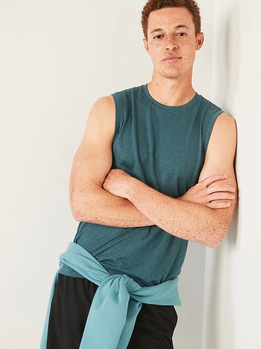 Old Navy Go-Dry Cool Odor-Control Core Tank Top