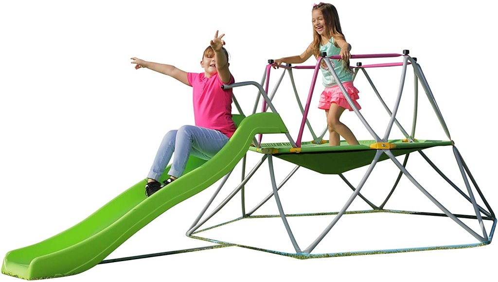 Climbing dome with trampoline