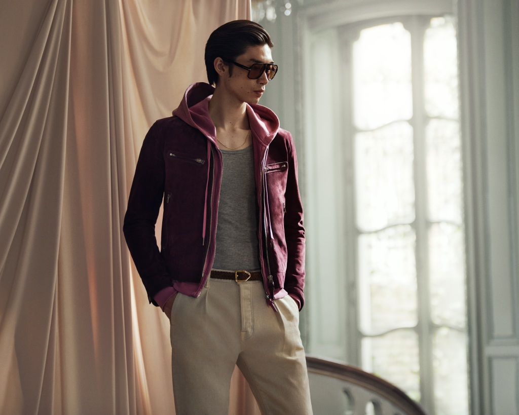 mr-porter-tom-ford-collab-with-model-suede-jacket-sunnies