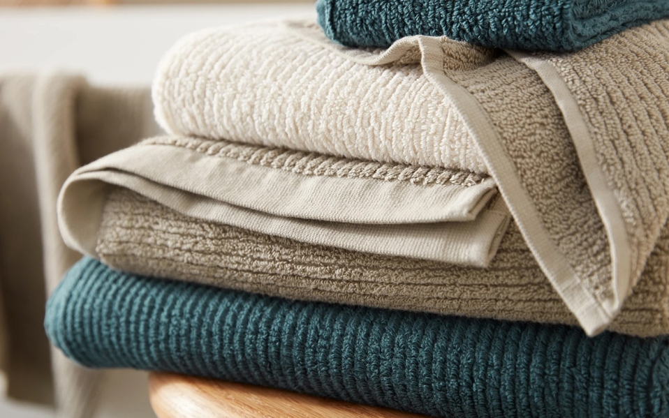 quick dry towels from coyuchi close