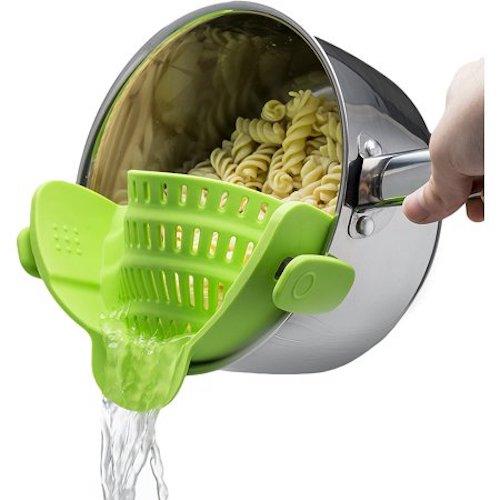 kitchen gizmo clip on colander