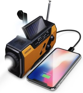 FosPower crank radio, best emergency supplies