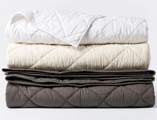 Coyuchi Diamond-Stitched Organic Cotton Comforter