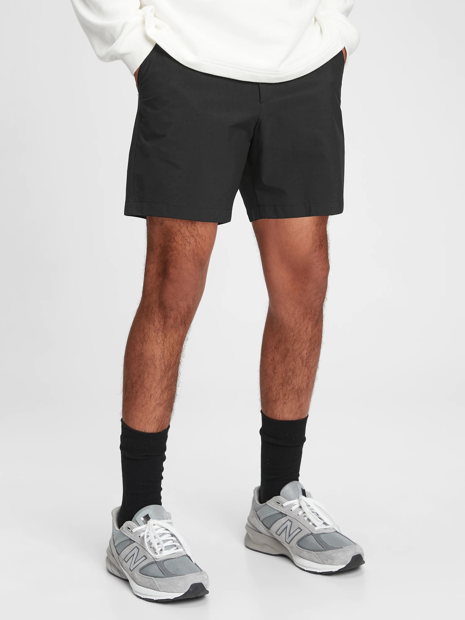 "6"" Tech Shorts with GapFlex"