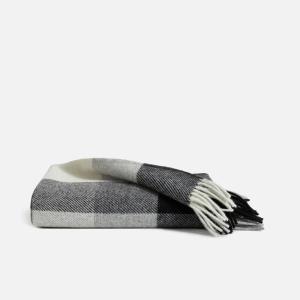 Pendleton throw blanket, best wedding gifts