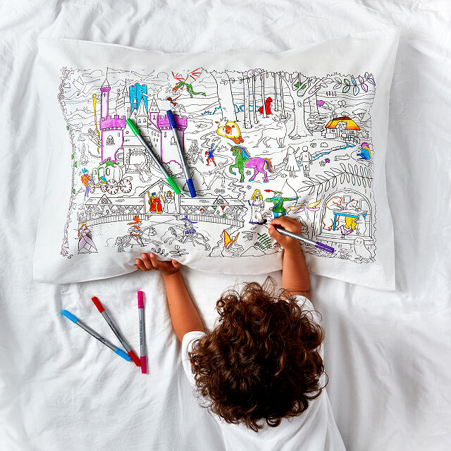 Pillow case you can color