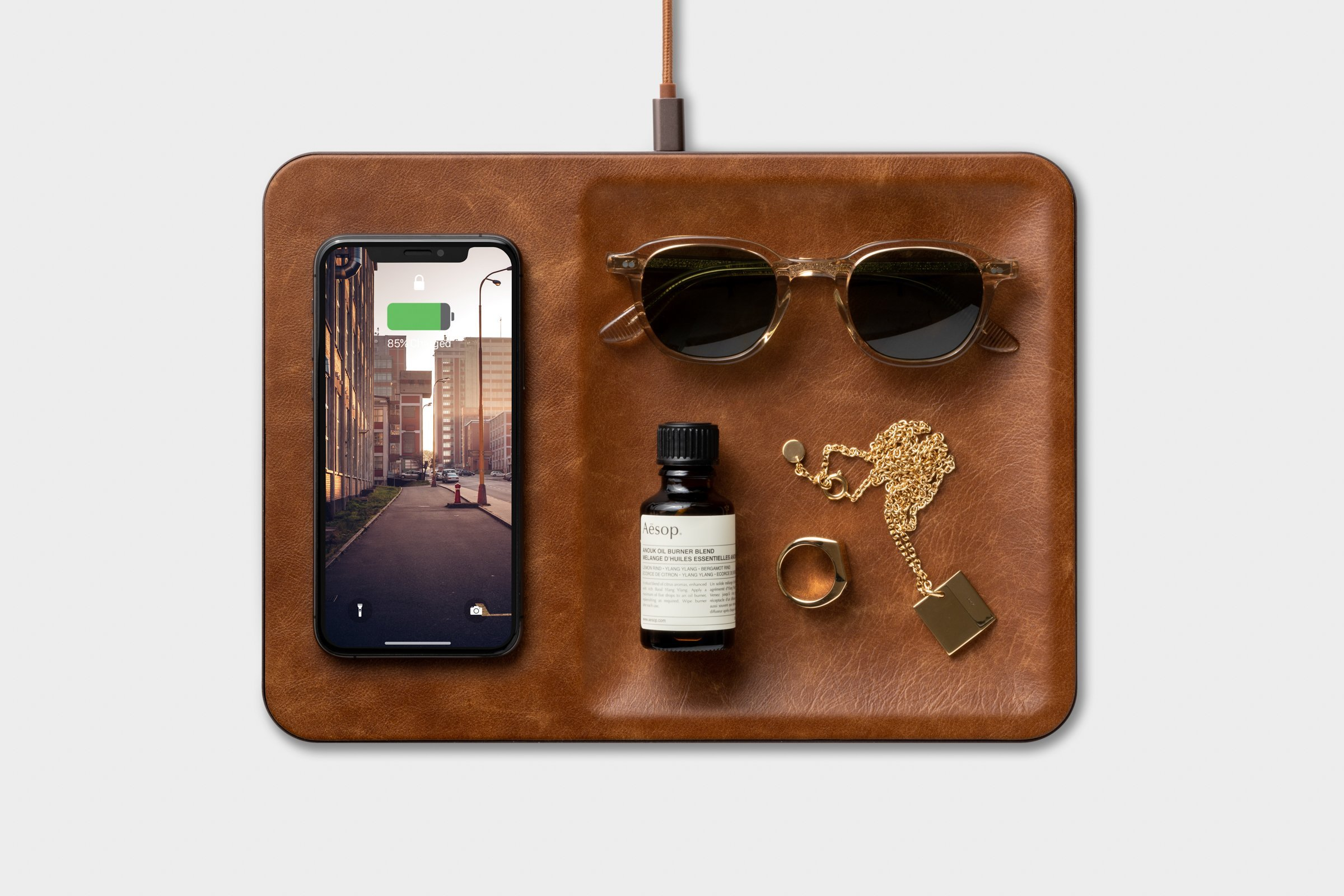 Wireless charger and organizer